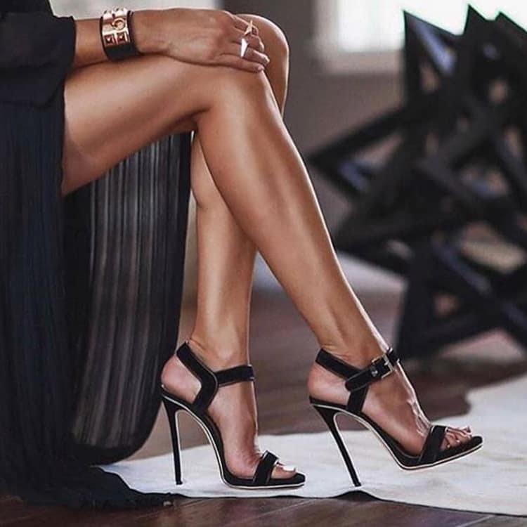 美しさを決める膝の威力